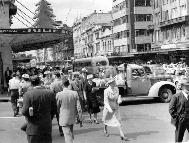 Queen St. Auckland 1950